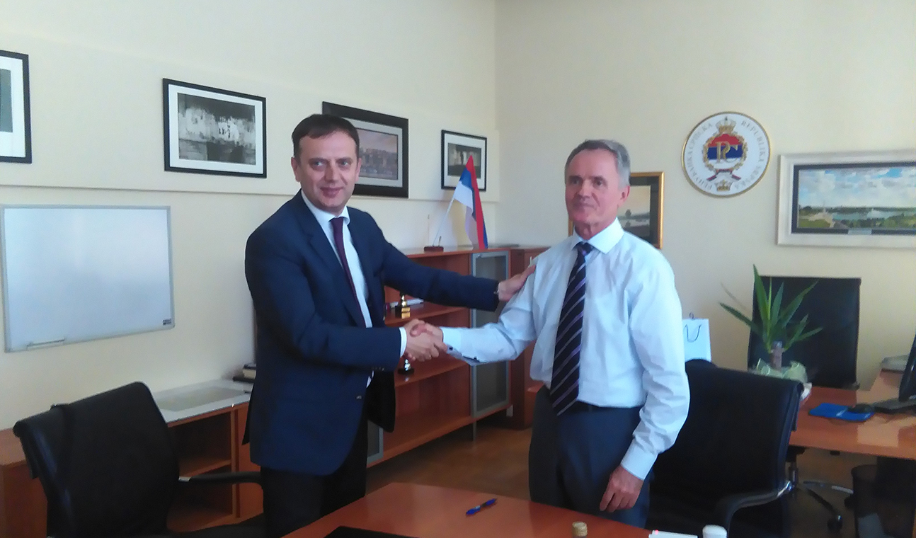 Signed agreement between Chamber of Commerce and Industry of Banja Luka Region and Faculty of Economy, University of Banja Luka